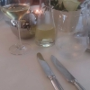 Guter Wein und schönen Gläsern