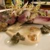 Millefeuille von Thunfisch und Kalbsrücken mit Zitronen-Kapern-Vinaigrette
