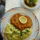 Foto zu Lindenwirt: Schnitzel Wiener Art