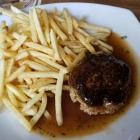 Foto zu Lindenwirt: Fleischpflanzerl mit Pommes. 10.02.19