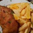 Foto zu Zum Bembelsche: Cordon Bleu mit Ziegenkäse, Schinken u. Pommes