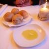 Brötchen mit Olivenöldip