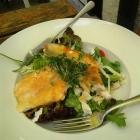 Foto zu Zollhäusl: Zanderfilet mit Salat