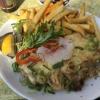 Händler Steak (14,90€) mit Würzfleisch gefüllt und mit Pommes und Salat