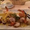 Garnelen mit Ananas-Couscous und Currysauce