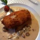 Foto zu Hotelweingut Barth: 19.03.19: Der Barth-Klassiker: WinzersteakPanierter Schweinerücken, gefüllt mit Champignons und Käse
