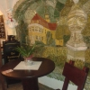 Sitzecke mit Wandmalerei