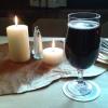 nett, daß auch mittags die Kerzen angezündet werden
