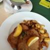 Frankfurter Schnitzel  mit Bratkartoffeln und natürlich mit Grüner Soße