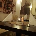 Foto zu Restaurant Sonnenschein: 2 er Tischreihe