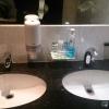 Waschtisch mit Zugaben