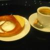 Brezel mit Kaffee