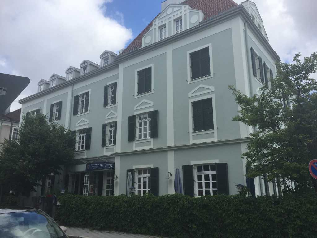 maharadscha restaurant in 93053 regensburg. Black Bedroom Furniture Sets. Home Design Ideas