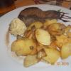 Runpsteak mit Bratkartoffeln und Kräuterbutter
