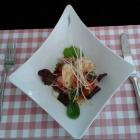 Foto zu L'Estragon: Spargelsalat mit gebratener Gambas