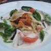 Krautwickel gefüllt mit Couscous in weißer Tomatensauce mit gegrillter Aubergine und Basilikum