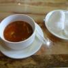 Pekingsuppe und Krabbenchips
