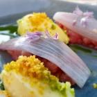 Foto zu Elements · Restaurant: Tatar vom Ibericofilet, Rote Zwiebel, Kartoffel
