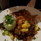 Foto zu S' Wirtshaus: Frankfurter Schnitzel mit grüner Soße und Bratkartoffeln, 11.01.19