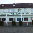 Foto zu Am Meilenstein: