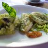 Zanderfilet auf Zucchinigemüse mit Oliven-Kartoffelpüree