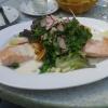 Salat mit Ikarimi-Lachs