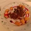Schweinelendchen auf Pfannengemüse, nappiert mit Dijon-Senfjus, dazu  Dauphinkartofflen