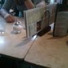Tisch mit wenig Karten