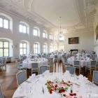 Foto zu Schwäbisches Bildungszentrum Kloster Irsee: Feiern Sie Ihre Hochzeit mit bis zu 120 Personen oder genießen Sie ein klassisches Konzert - maximal 200 Personen fasst der Festsaal.