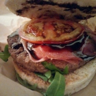 Foto zu Joe Molese: Parma Burger