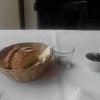 Brot und Oliven