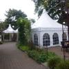 Das Zelt im Hof