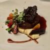 Dreierlei von Luma-Beef: Filet sous-vide | gebratenes Roastbeef | geschmorte Backe | Pastinaken-Püree | Mini Wintergemüse | Vanille-Portwein-Jus