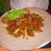 H08. Gored Gored – Rindfleischstreifen mit Zwiebel und Paprika