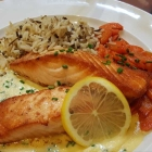Foto zu Restaurant Ratsstube: Lachssteak mit Reis und Gemüse