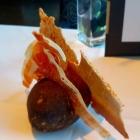 Foto zu Se7en Oceans · Gourmetrestaurant · Europa Passage · 2.OG: Schinken, Brot und Nussbutter