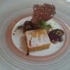 Warmer Kürbis Ingwer Kuchen mit Tahiti Vanille Eis und lauwarmen eingelegten Zwetschgen