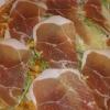 kleine Pizza Rucola und Parmaschinken mit Parmaschinken
