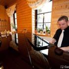 Foto zu Ungerberg: Der Chef persönlich gibt immer wieder Konzerte am Flügel für seine Gäste.
