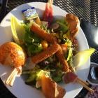 Foto zu Michels: Salat mit Mozzarellasticks