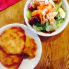 Foto zu Ihle Besenwirtschaft: Schnitzel und Salat
