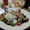 Salat Della Casa (im Hintergrund die Pizzabrötchen)
