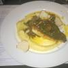 Steinbuttfilet mit Austernpilzen, Kartoffelpüree und schwarzem Knoblauch