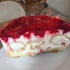 Foto zu Yvonne's Cafe Shop: Himbeertorte mit Winbeutel