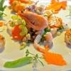 Salat mit Scampis und Shrimps und kleinen Möhrenfischen - süß!