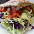 Foto zu Saray: Salattasche mit Fetakäse