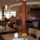 Foto zu Biobäckerei Schomaker: Gästeraum und Theke