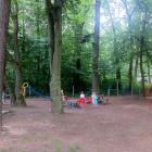 Foto zu Bayrischer Biergarten zur Gartenlaube: Kinderspielplatz