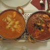 Kashmiri Chicken (links) und Chicken Madras (rechts)