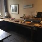 Foto zu Arnolds Bauernhof-Café: 11.3.18 / Kuchenbuffet